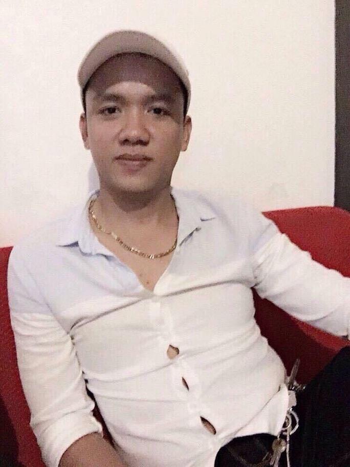 Lộ diện 2 trợ thủ đắc lực trong vụ băng áo cam náo loạn ở TP HCM - Ảnh 2.