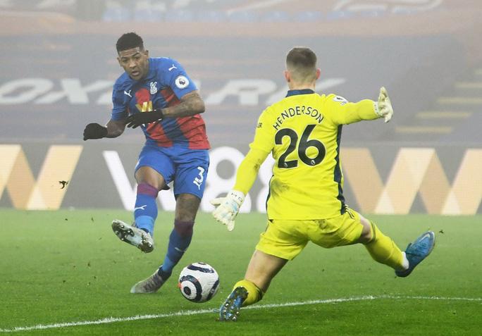 Chia điểm Crystal Palace, Man United hết cửa đua vô địch Ngoại hạng Anh - Ảnh 5.