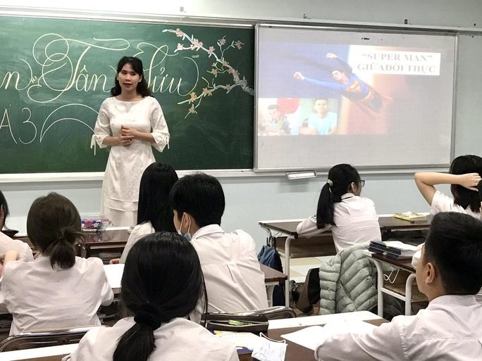 Cảm hứng sống đẹp của người hùng Nguyễn Ngọc Mạnh được đưa vào bài học kỹ năng sống của học sinh thủ đô - Ảnh 1.