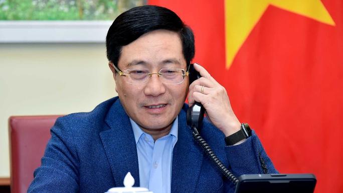 Singapore chia sẻ với Việt Nam về sáng kiến để doanh nhân quốc tế gặp gỡ, trao đổi tại sân bay - Ảnh 2.