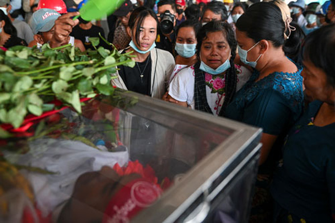 Myanmar tiếp tục sôi sục - Ảnh 1.