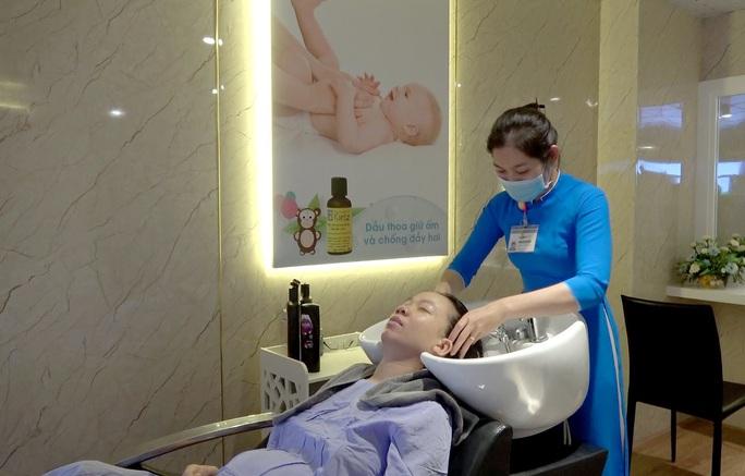 Chào đón em bé thứ 90.000, bệnh viện Thiện Hạnh miễn viện phí cho sản phụ - Ảnh 3.
