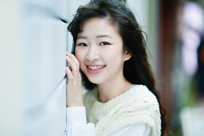 Nữ ca sĩ người Đài Loan rơi lầu thiệt mạng ở tuổi 22 - Ảnh 3.