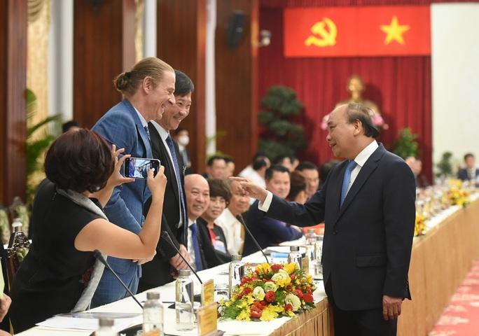 Thủ tướng Nguyễn Xuân Phúc: Tổng động viên sức mạnh trong dân - Ảnh 2.