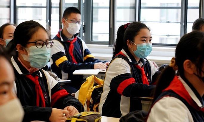 Trung Quốc tranh cãi nảy lửa về đề xuất bỏ học tiếng Anh - Ảnh 1.