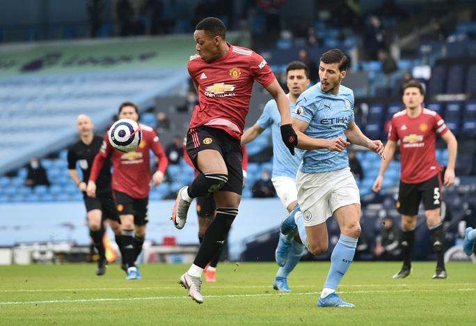 Man United bùng nổ trận derby, thắng sốc chủ nhà Man City - Ảnh 7.