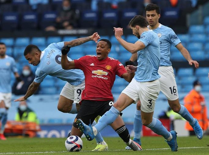 Man United bùng nổ trận derby, thắng sốc chủ nhà Man City - Ảnh 2.