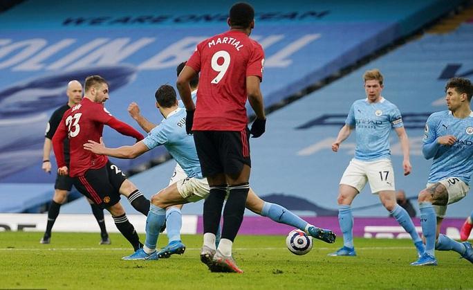 Man United bùng nổ trận derby, thắng sốc chủ nhà Man City - Ảnh 5.
