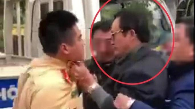 Chi cục trưởng say xỉn, túm cổ áo lăng mạ CSGT bị kỷ luật cảnh cáo - Ảnh 1.