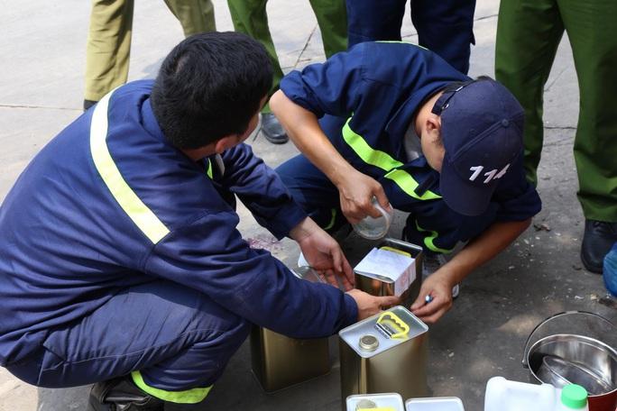 Bắt khẩn cấp vợ chồng công ty xăng dầu Vân Trúc liên quan vụ xăng giả khủng - Ảnh 4.
