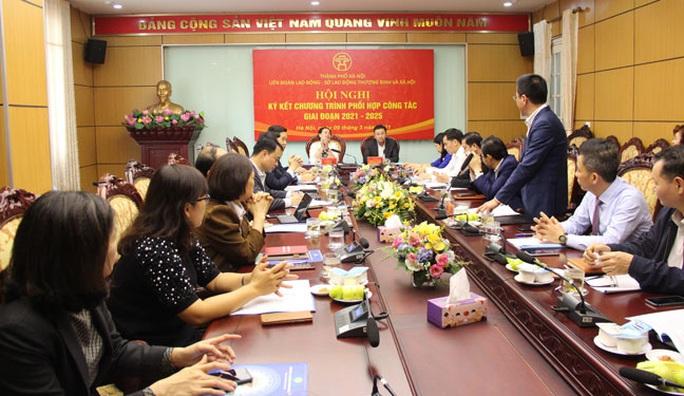 Hà Nội: Xây dựng quan hệ lao động hài hòa - Ảnh 1.