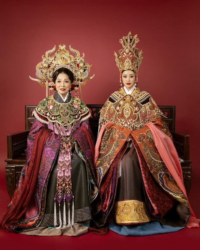 Hoa hậu Khánh Vân hoá thân thành Thái hậu Dương Vân Nga - Ảnh 1.