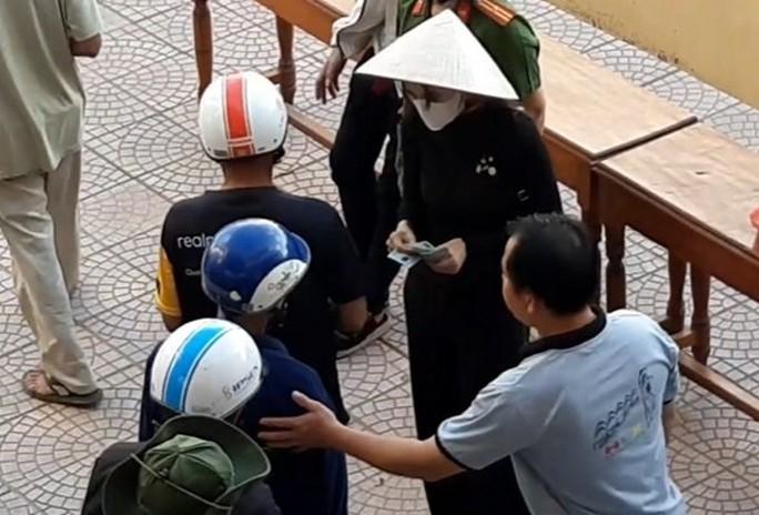 Thừa Thiên – Huế báo cáo việc từ thiện của ca sĩ Thủy Tiên lên Bộ Công an  - Ảnh 1.
