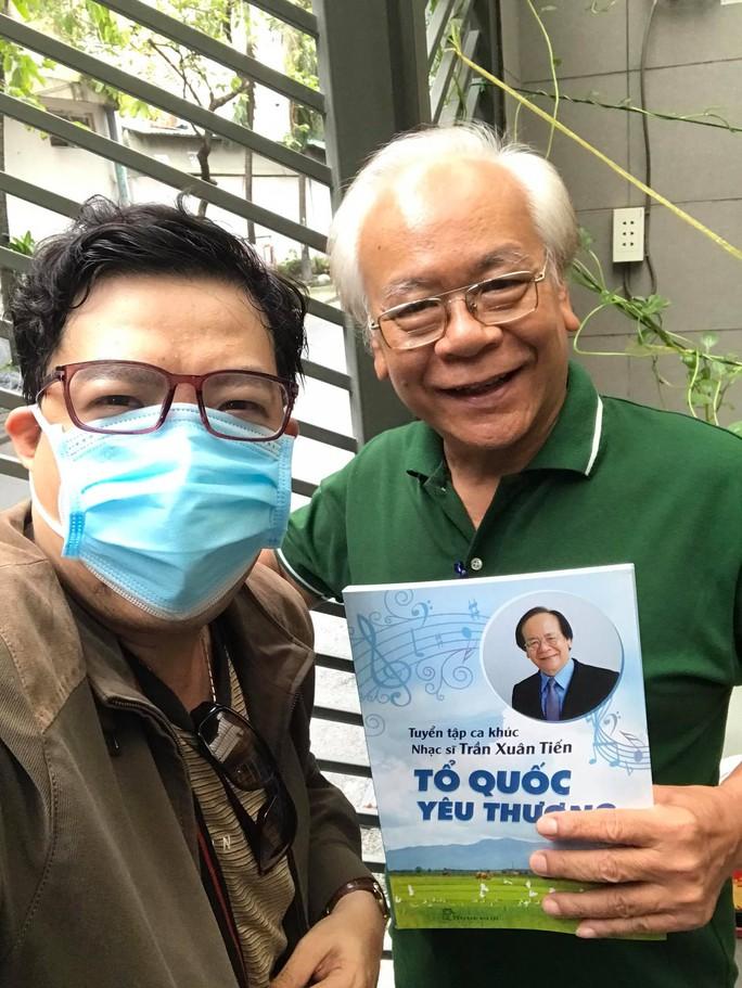 Nhạc sĩ Trần Xuân Tiến ra mắt tuyển tập Tổ quốc yêu thương - Ảnh 3.