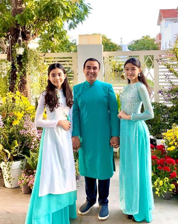 Ngoài 2 công chúa xinh đẹp, Quyền Linh còn có 3 con gái nuôi - Ảnh 2.
