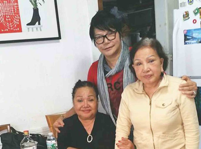 Mẹ mất, nghệ sĩ Linh Tâm không thể về nước thọ tang - Ảnh 3.