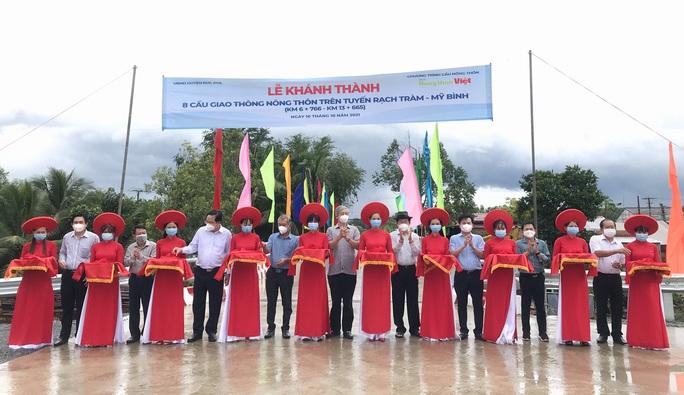 Khánh thành 15 công trình giao thông nông thôn tại vùng biên giới Long An - Ảnh 1.