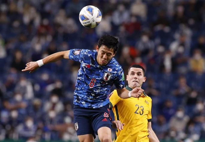 Đánh bại tuyển Úc, Nhật Bản lọt Top 3 bảng B - Ảnh 2.