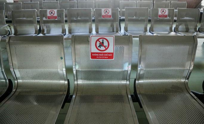 CLIP: Nhiều bến xe khách liên tỉnh nhộn nhịp lau dọn, chờ đón khách trở lại - Ảnh 13.