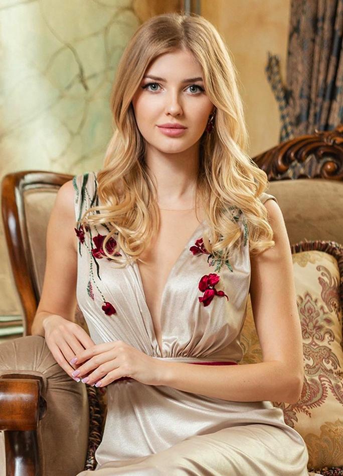 """Vẻ đẹp """"thiên thần"""" của tân Hoa hậu Trái đất Belarus - Ảnh 5."""