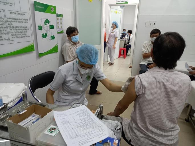 Bộ Y tế sẽ hướng dẫn tiêu chí đánh giá 4 cấp độ dịch Covid-19 - Ảnh 2.