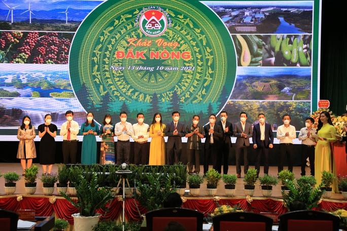 Bí thư Tỉnh ủy Đắk Nông: Luôn sẵn sàng trải thảm đỏ đón nhà đầu tư - Ảnh 2.