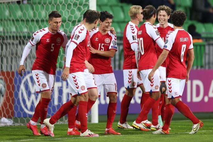 Toàn thắng vòng loại châu Âu, Đan Mạch đoạt vé sớm dự World Cup - Ảnh 9.