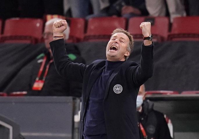 Toàn thắng vòng loại châu Âu, Đan Mạch đoạt vé sớm dự World Cup - Ảnh 7.