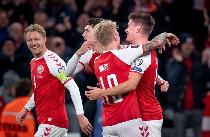 Toàn thắng vòng loại châu Âu, Đan Mạch đoạt vé sớm dự World Cup - Ảnh 4.