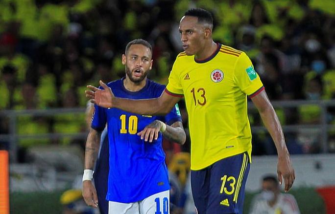 Lập cầu hàng không đưa cầu thủ Nam Mỹ về đá Ngoại hạng Anh - Ảnh 2.