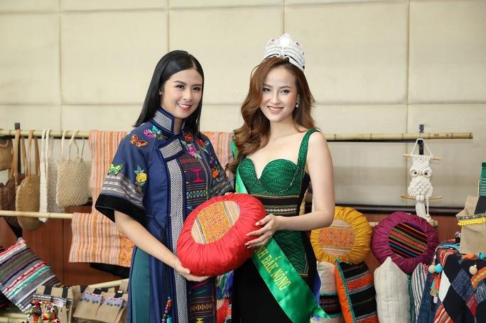 Hoa hậu Khánh Ngân tiết lộ lý do vội vã lên Đắk Nông - Ảnh 8.