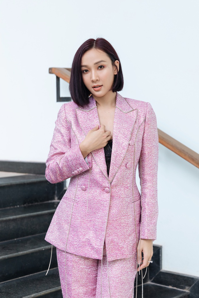 Hoa hậu Khánh Ngân tiết lộ lý do vội vã lên Đắk Nông - Ảnh 3.