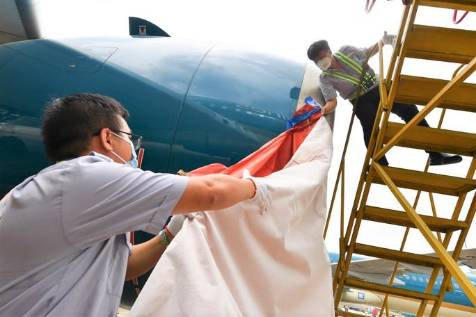 Hàng không tăng cường bảo dưỡng máy bay trước ngày nối lại bay nội địa - Ảnh 5.