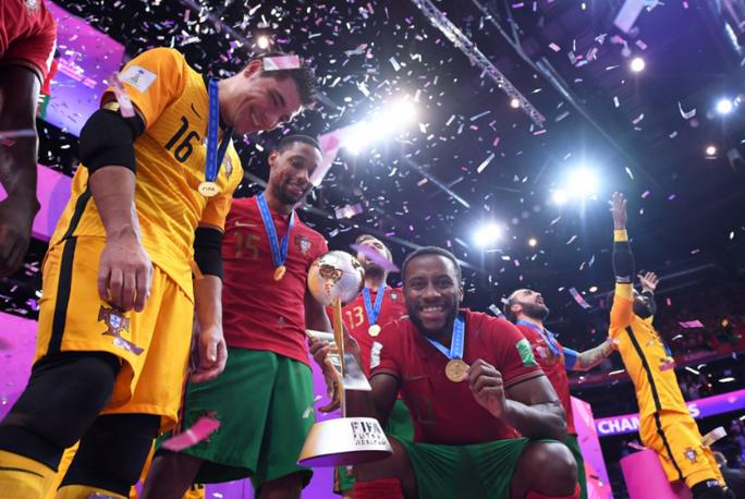Bồ Đào Nha lần đầu vô địch futsal thế giới - Ảnh 1.