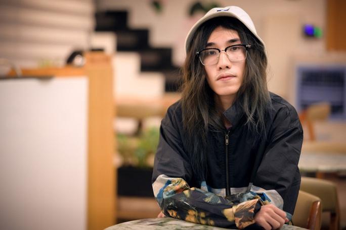 Rapper Chị Cả xin lỗi, hứa gỡ bỏ bản rap cổ súy loạn luân - Ảnh 2.