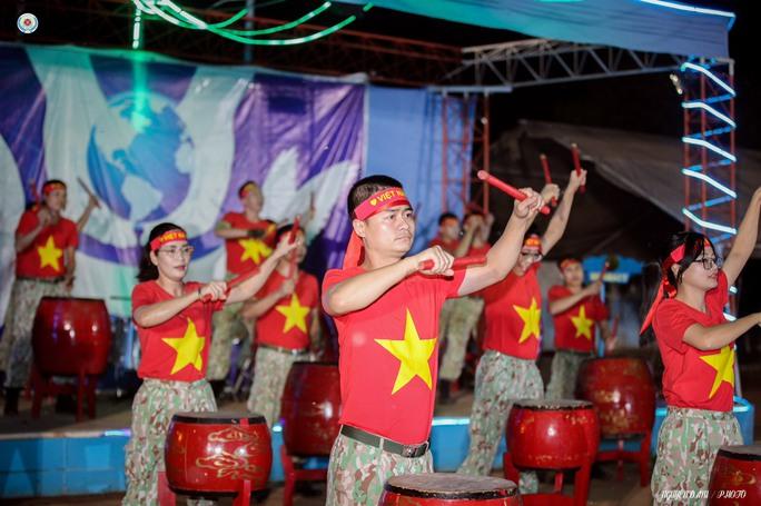 Đoàn Cố vấn quân sự Liên Hiệp Quốc làm việc với bệnh viện dã chiến Việt Nam - Ảnh 17.