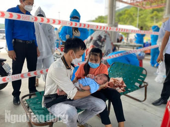 Đà Nẵng có xe khách chở miễn phí người dân từ phía Nam về quê - Ảnh 4.