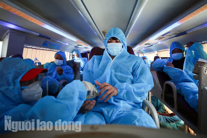Đà Nẵng có xe khách chở miễn phí người dân từ phía Nam về quê - Ảnh 6.