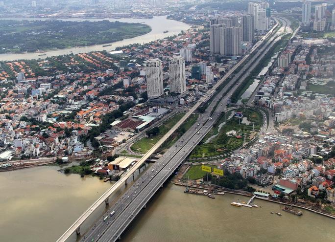 Metro số 1 lại vướng vốn, Chủ tịch Nguyễn Thành Phong ký công văn khẩn, nhờ Phó Thủ tướng tháo gỡ - Ảnh 1.