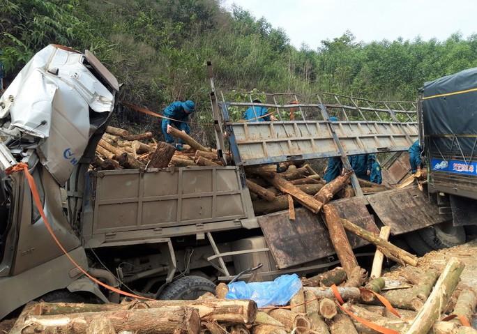 CLIP: Hiện trường vụ tai nạn thảm khốc khiến 7 người thiệt mạng - Ảnh 6.