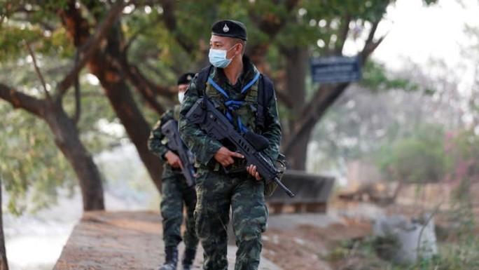 Quân đội Myanmar công bố lời khai cáo buộc bà Suu Kyi tham nhũng - Ảnh 2.
