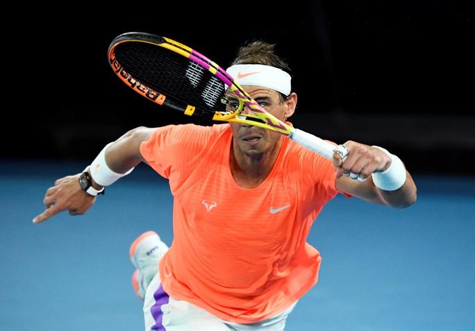 Rafael Nadal rút lui khỏi Wimbledon 2021 và Olympic Tokyo 2020 - Ảnh 1.