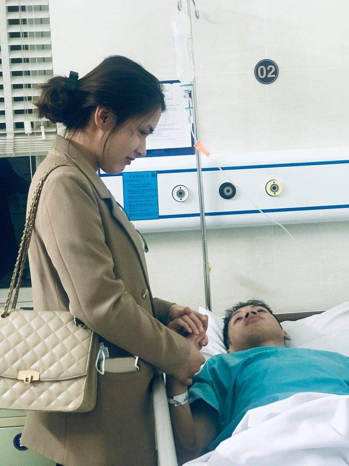 Phỏng vấn BS Phạm Quốc Hùng về khả năng hồi phục của cầu thủ Đỗ Hùng Dũng - Ảnh 6.