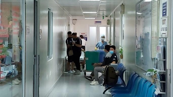 Đỗ Hùng Dũng có thể tập vật lý trị liệu ngay từ ngày mai - Ảnh 1.