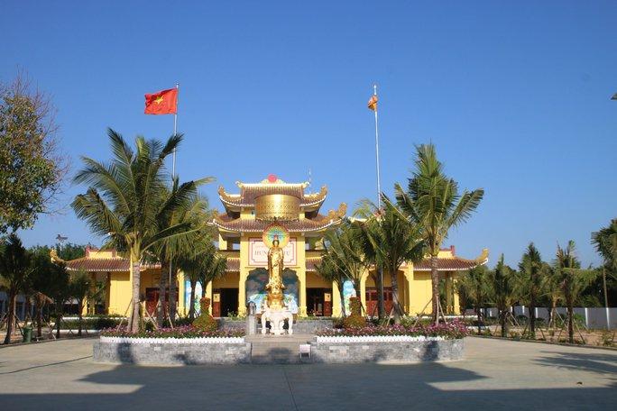 Bình Thuận rút giấy phép hoạt động cơ sở khám chữa bệnh liên quan thần y Võ Hoàng Yên - Ảnh 1.