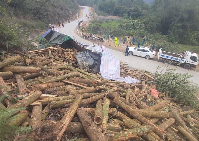 Khởi tố vụ tai nạn xe tải làm 7 người tử vong ở Thanh Hóa - Ảnh 2.