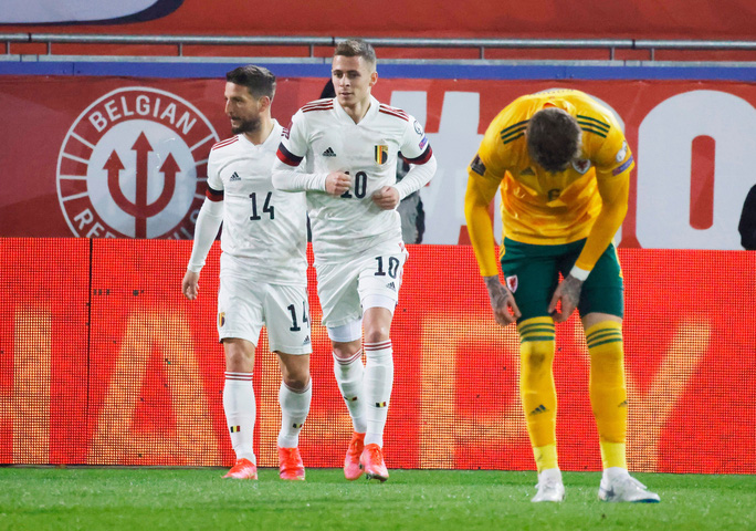 Ngược dòng đẳng cấp, Bỉ thắng tưng bừng vòng loại World Cup - Ảnh 3.