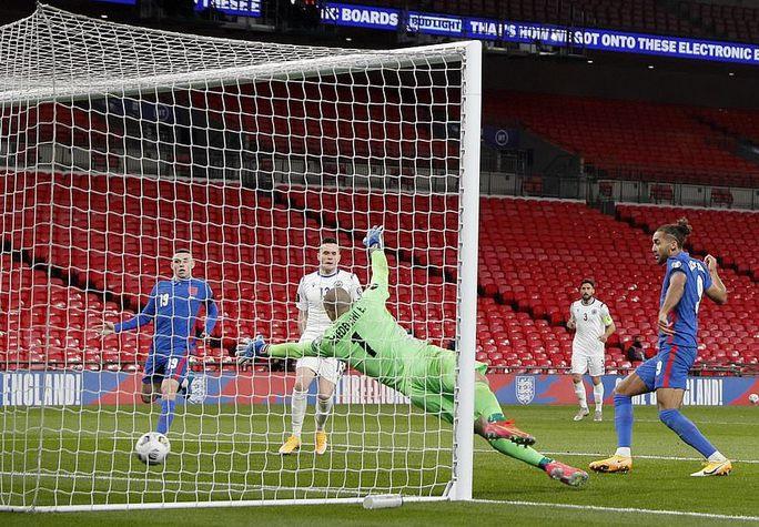 Dội mưa bàn thắng ở Wembley, tuyển Anh vùi dập tí hon San Marino - Ảnh 4.