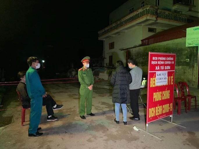 Truy vết 142 người ở 14 tỉnh, TP đi cùng chuyến bay VJ458 có ca bệnh Covid-19 từ Phú Quốc về Hà Nội - Ảnh 1.
