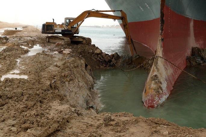 Vì sao siêu tàu mắc cạn tại kênh đào Suez lại là sự cố chấn động? - Ảnh 3.